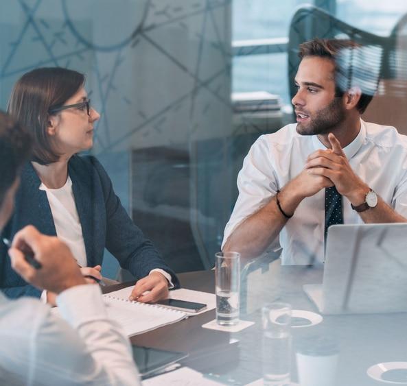 Faire-appel-a-une-equipe-professionnelle-pour-le-recrutement-de-vos-cadres